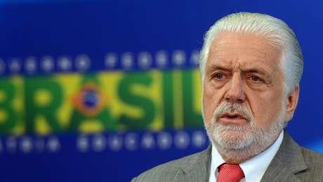 """Ex-ministro disse que Lula tem sido vítima de """"ilações"""""""