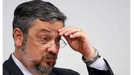 Palocci, ministro nos governos Lula e Dilma, está preso desde setembro do ano passado, indiciado por corrupção passiva