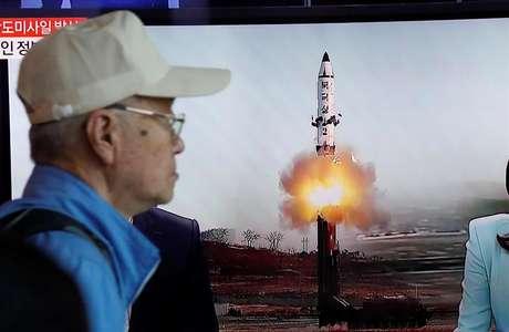 Segundo o governo da Coreia do Sul, os norte-coreanos realizaram um novo teste de míssil balístico.