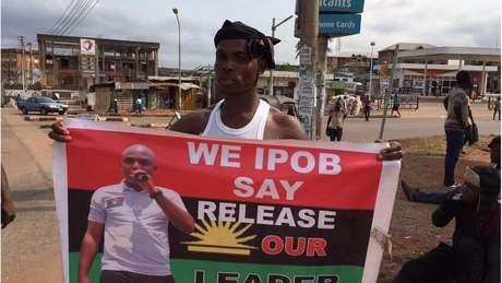 Analista poítico avalia que ser preso era exatamente o objetivo de Kanu ao voltar à Nigéria