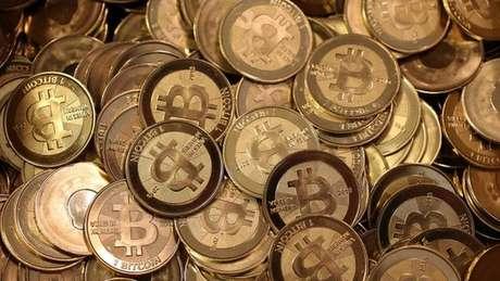 O rastreamento dos pagamentos via bitcoins pode ser útil para identificar os responsáveis