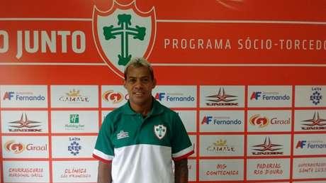 Aos 42 anos, Marcelinho se apresentou ao seu 22º clube na carreira de profissional desde 1991 (Foto: Divulgação)