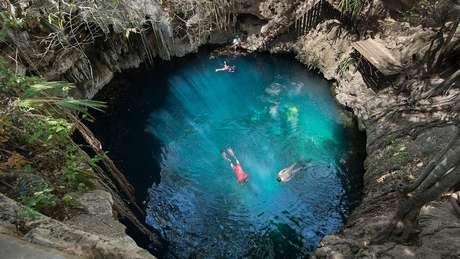 O México se tornou famoso por suas dolinas que se formaram nas bordas da cratera