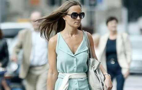 Irmã de Kate Middleton se casa na Grã-Bretanha
