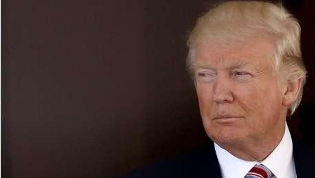 Em apenas quatro meses no cargo, Trump se viu envolvido em uma série de polêmicas