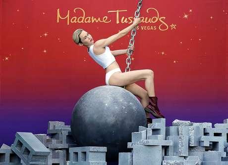 Miley Cyrus se arrepiente de su polémico vídeo de Wrecking Ball