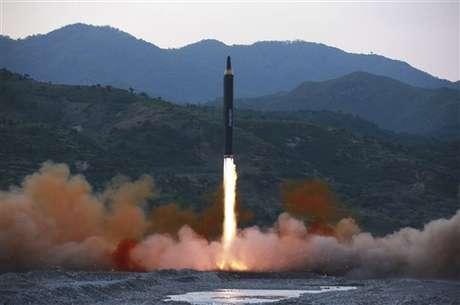 Usar la opción militar en Corea del Norte sería trágico