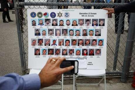 Arrestan a miembros de pandilla MS-13 en Los Ángeles