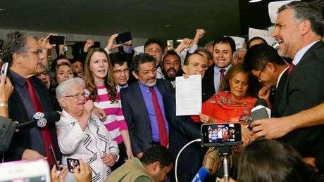 Até o momento, há oito pedidos de impeachment contra Temer no Congresso