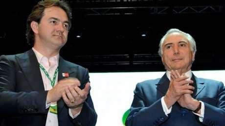 Foto de arquivo de Joesley Batista com Michel Temer; delação de executivo da JBS resultou em investigação do presidente no STF