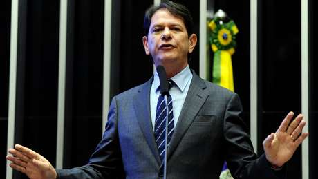 Ex-governador Cid Gomes recebeu propina para sua campanha e de seu sucessor no Ceará, diz JBS; atual governador nea.