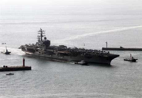 Estados Unidos envía segundo portaaviones a Corea