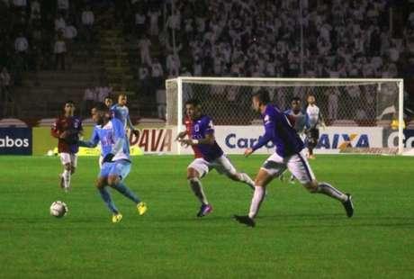 Paraná, mesmo com quase 60% de posse de bola, não conseguiu criar. (Jorge Luiz/Paysandu)