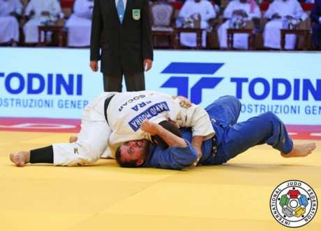 David Moura conquistou a última medalha brasileira na Rússia (Foto: Divulgação/CBJ)