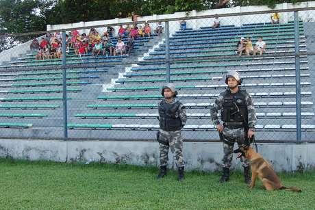 Torcida durante a partida entre River PI e Guarany de Sobral CE, válida pela Série D