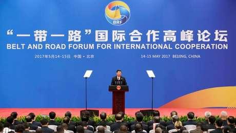 O presidente da China, Xi Jinping, anunciou uma nova injeção de US$70 bilhões para o projeto