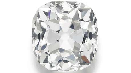 Diamante comprado por 10 libras será vendido por R$ 1,47 mi