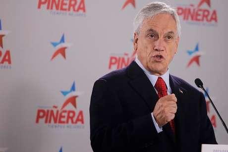 Piñera sube 2 puntos en respaldo; Guillier y Sánchez bajan — Cadem