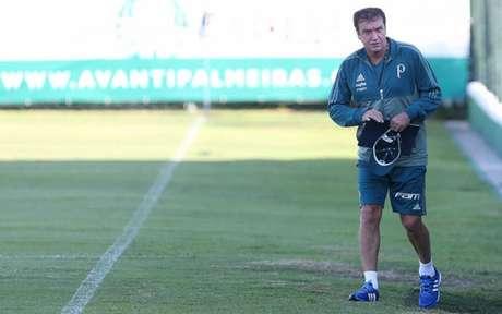 Em momentos distintos, São Paulo e Palmeiras duelam no Morumbi