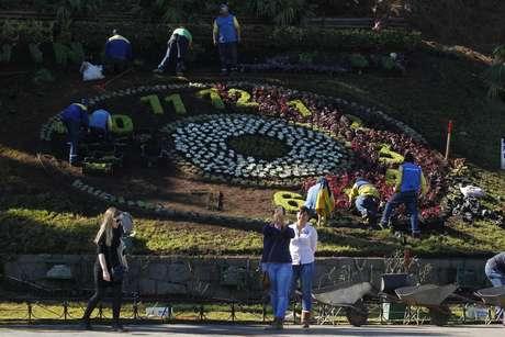 Avanza reconstrucción del reloj de flores de Viña del Mar — CHILE