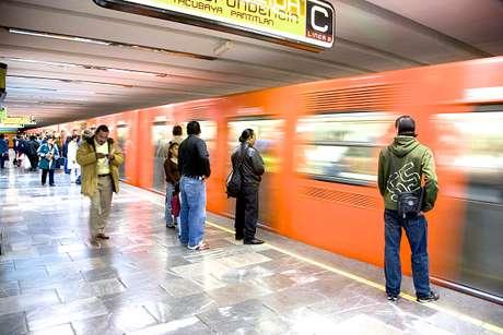 Suspenden servicio en Línea 9 Metro CDMX