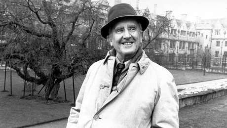 Livro inédito de JRR Tolkien é publicado após 100 anos
