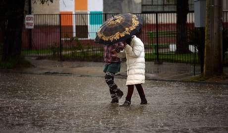 Anuncian que lluvias comenzarían este martes en Atacama — A tomar precauciones