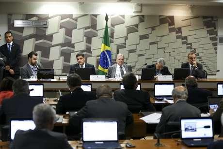 A Comissão de Assuntos Econômicos (CAE) do Senado se reúne para votar a proposta de reforma trabalhista