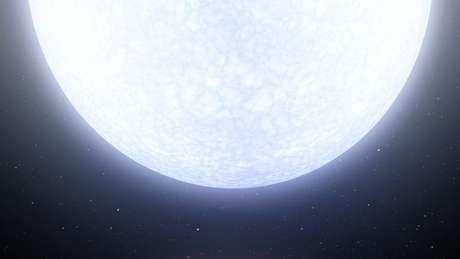 Extremamente brilhante, estrela deve ter vida curta se comparada à do Sol