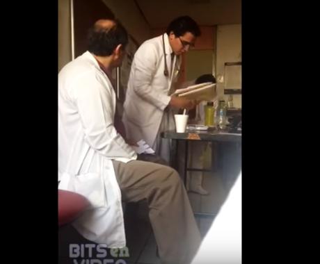 Capturan en video a médico que insulta y humilla a pasante