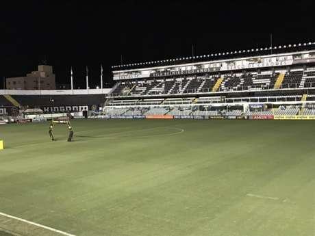 No último jogo como mandante, contra o Botafogo, Santos lucrou apenas R$ 12 mil (Foto: Russel Dias)