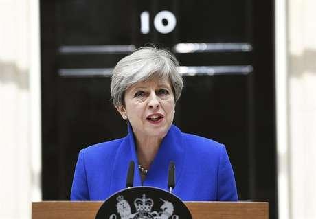 Theresa May convocou eleições antecipadas para tentar reforçar sua autoridade durante as negociações do Brexit