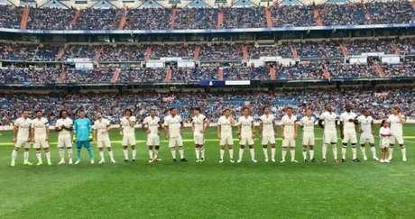 Ronaldo Fenômeno participa de jogo festivo do Real Madrid no Bernabéu