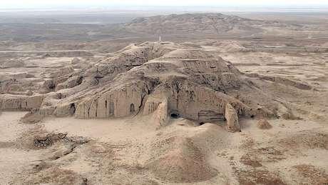 The archaeological site of Uruk (Warka), 30kms east of Samawa, on January 25, 2010