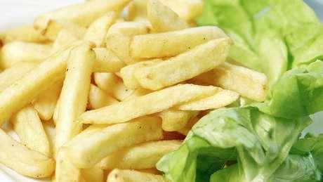 Prato de batatas fritas