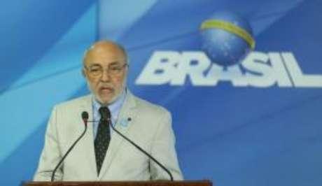 Em carta, João Batista de Andrade não ter interesse em ser efetivado no cargo de ministro da Cultura