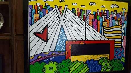 Obra do artista brasileiro Romero Britto no gabinete do prefeito João Doria