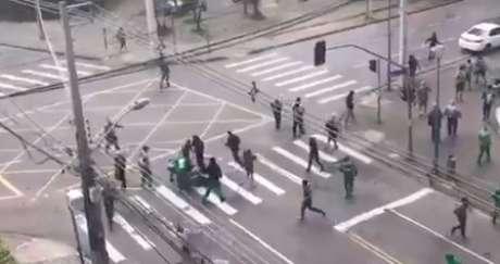 Briga entre torcida do Corinthians e do Coritiba