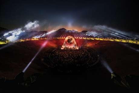 Show de David Gilmour na cidade de Pompeia, na Itália, foi gravado em 2016