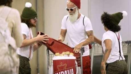 Uso de 'Papai Noel radical' em comercial em comercial de cerveja gerou polêmica