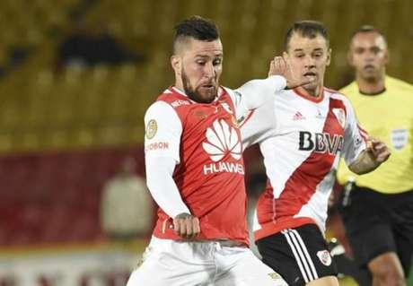 São Paulo anuncia contratação do meia argentino Jonatan Gómez