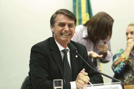 O campeão de emendas é Jair Bolsonaro (PSC-RJ), com 18,5 milhões de reais no primeiro semestre do ano