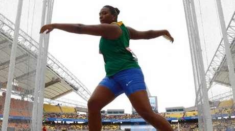 Andressa Oliveira de Morais estabeleceu um novo recorde sul-americano, 64,68m (Foto: Reprodução)