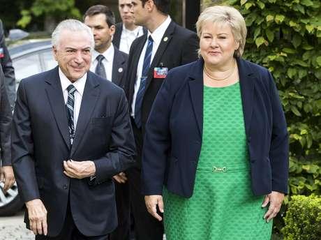 O presidente do Brasil Michel Temer e a premiê norueguesa Erna Solberg