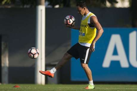 Ricardo Oliveira tem 17 jogos na temporada (Foto: Ivan Storti / Santos FC)