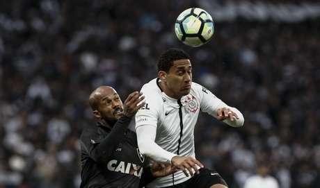 Pablo confirma acordo com Bordeaux para ficar no Corinthians: '99% certo'