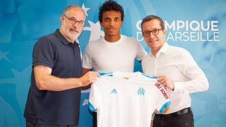Clube francês acerta a contratação do volante brasileiro Luiz Gustavo