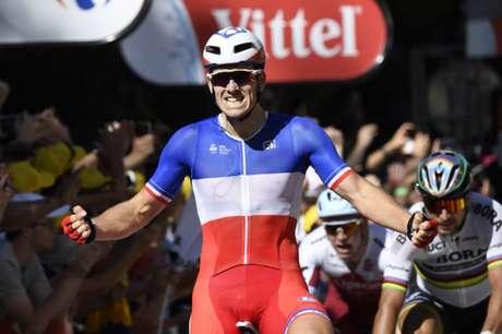 Acidentes marcam 4ª etapa da Volta da França — Ciclismo