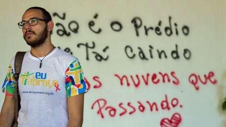 Lucas Patrick Machado convive com o HIV há três anos e desistiu de denunciar transmissão intencional por dificuldade de apuração