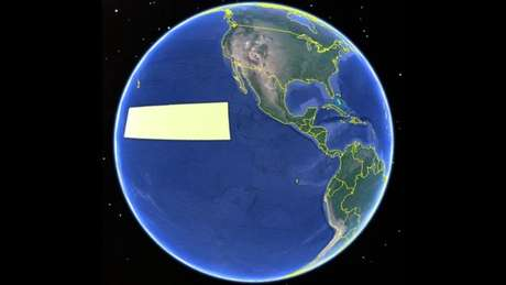 A tarja amarela representa a região da Clarion-Clipperton